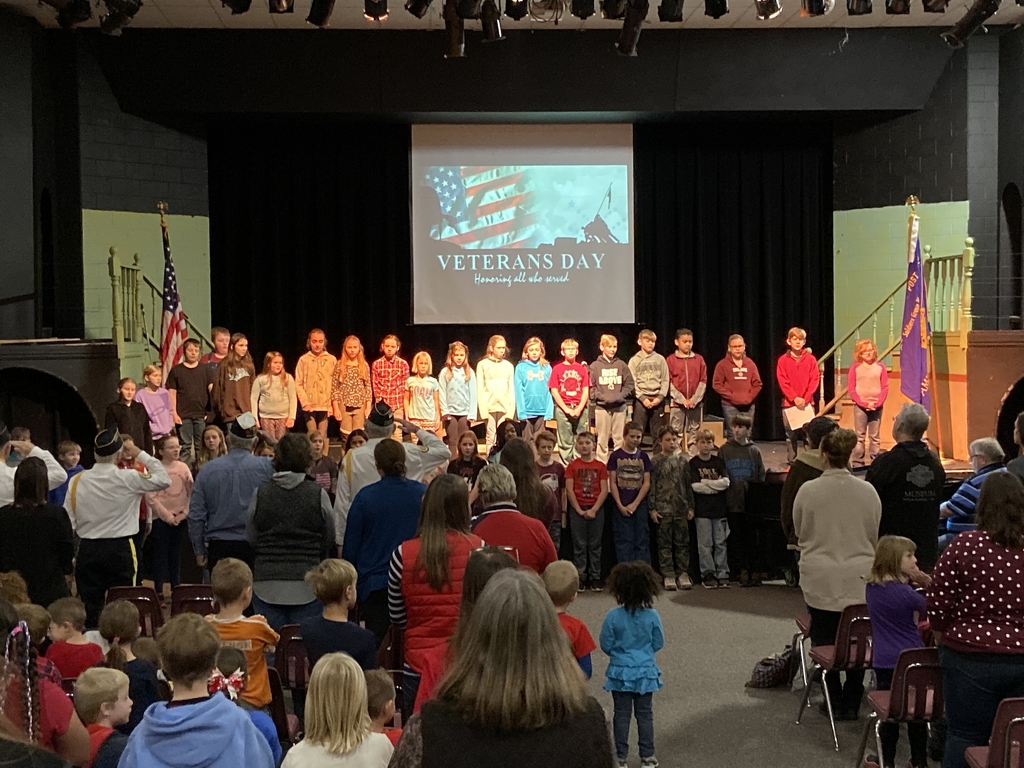 5th grade singing National Anthem